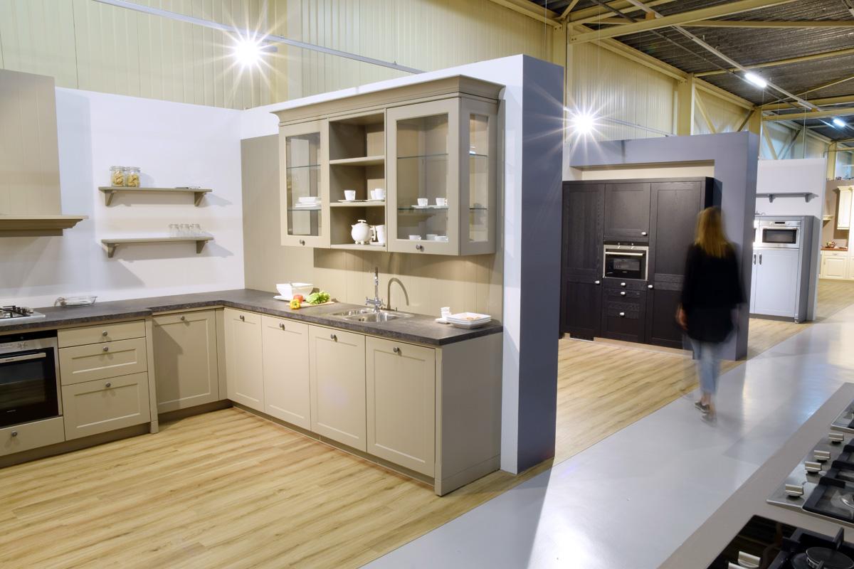 #836E4823658448 Keuken Koop Je Keuken Met Inbouwapperatuur Bij Bouwhof Van de bovenste plank Complete Keuken Inclusief Montage 1003 beeld 12008001003 Inspiratie